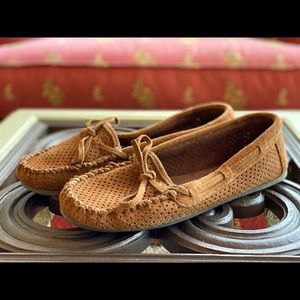 Minnetonka Perforated Suede Moccasin Flats/Slipper